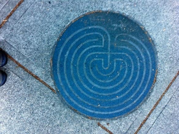 manhole14