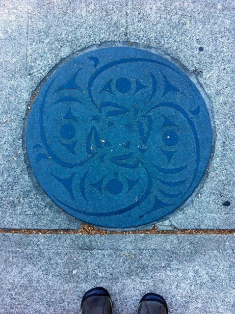 manhole15